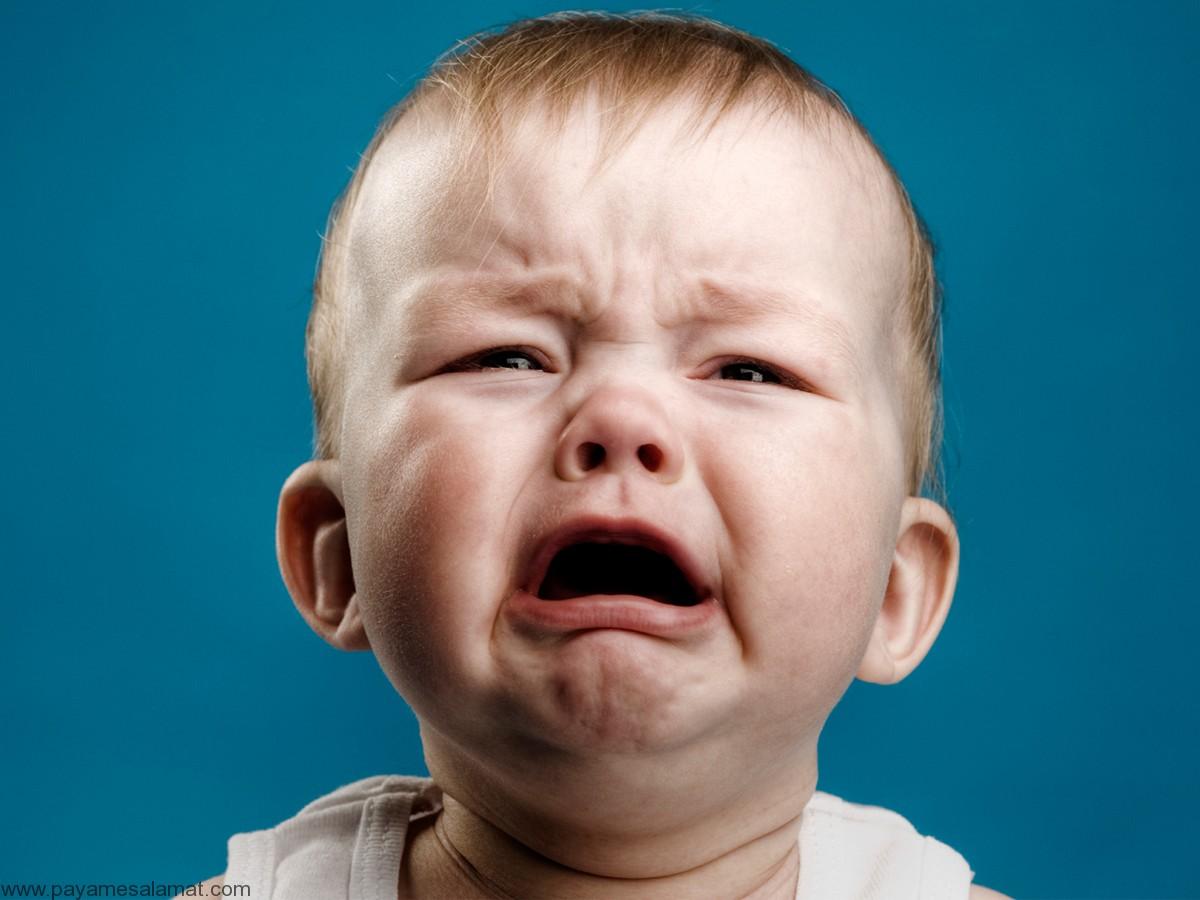 ۱۱ سوال مادران درباره گریه کودک