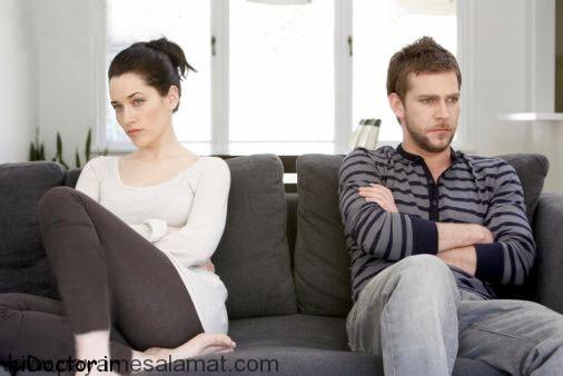 تماشای فیلم های مستهجن زوجین