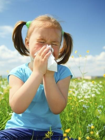 تفاوت بین آلرژی و سرماخوردگی در کودکان چیست؟