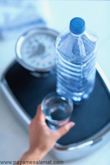 داستان آب و کاهش وزن چیست و چرا آب عامل لاغری است؟