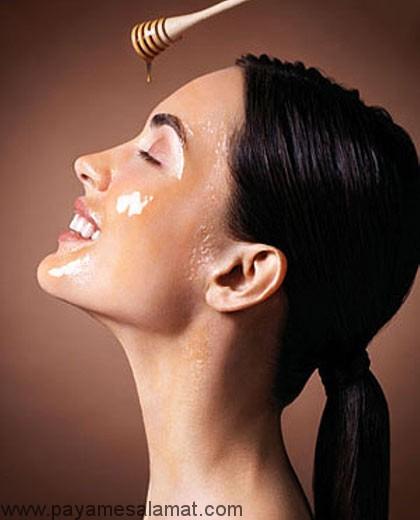 روش تهیه ماسک صورت با عسل برای درمان بیماری های پوستی و سلامت آن