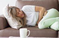 ۱۰ علت درد شکم همراه با آروغ زدن و درمان های آن
