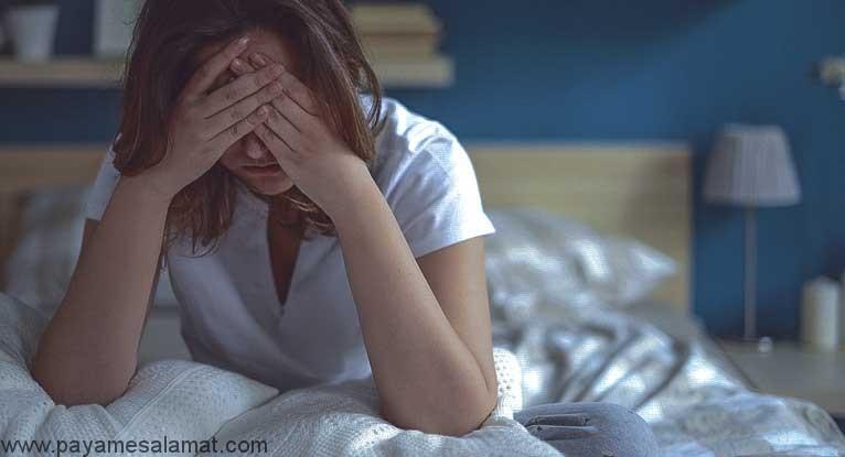 چه چیزی باعث معده درد در شب می شود؟
