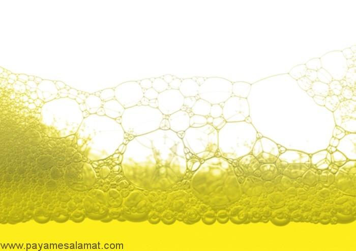 وجود حباب و کف در ادرار نشانه چیست؟