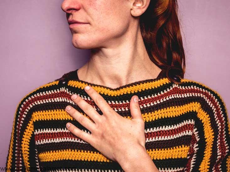 علل درد سمت راست قفسه سینه