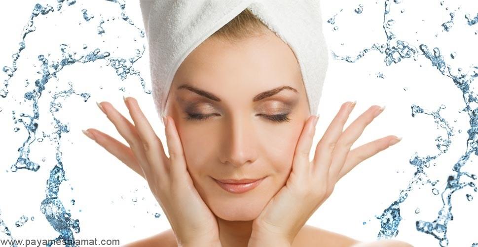 روش های ساده و طبیعی برای آبرسانی به پوست