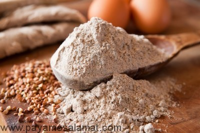 مواد مغذی در آرد گندم سیاه چیست؟