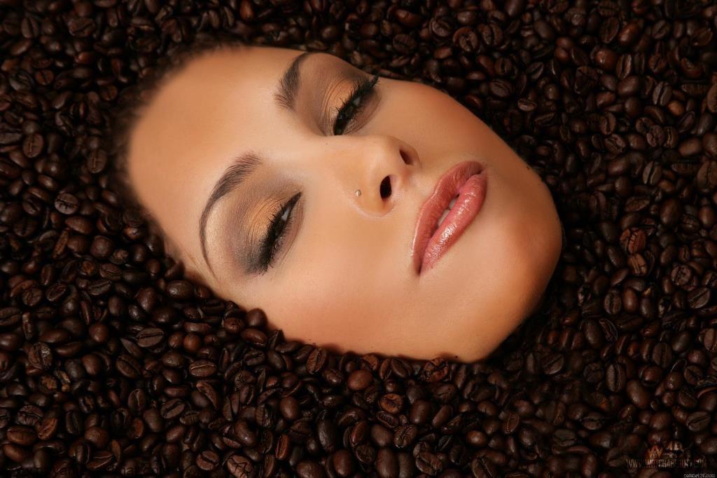 آیا می توان از کافئین برای درمان افسردگی استفاده کرد؟