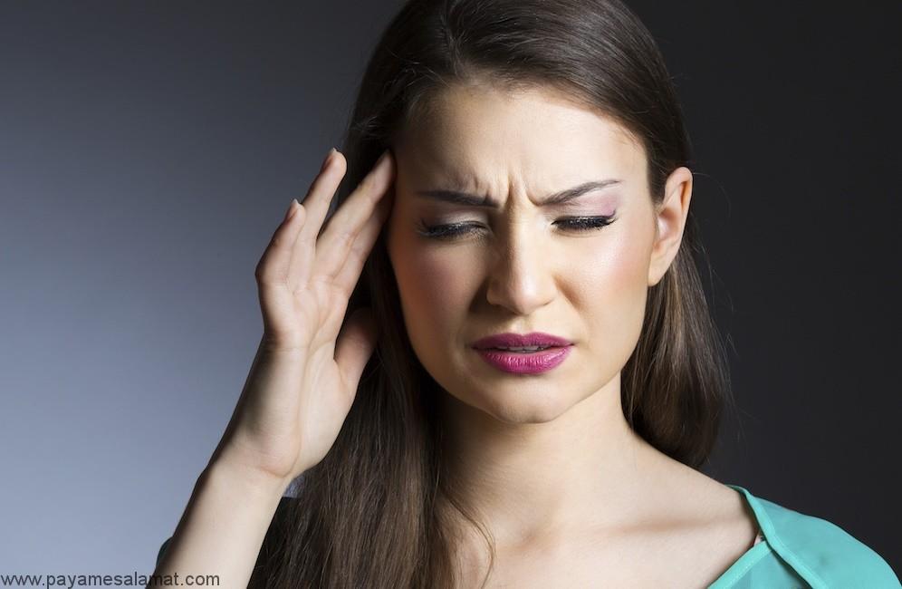 آشنایی با ۵ اسانس موثر برای درمان سردرد