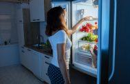 ۸ نمونه از بدترین مواد غذایی که نباید شب ها مصرف شود