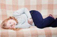 دلایل درد شکم همراه با تب در کودکان