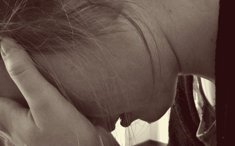علل، نشانه ها و درمان عدم تعادل هورمونی در نوجوانان