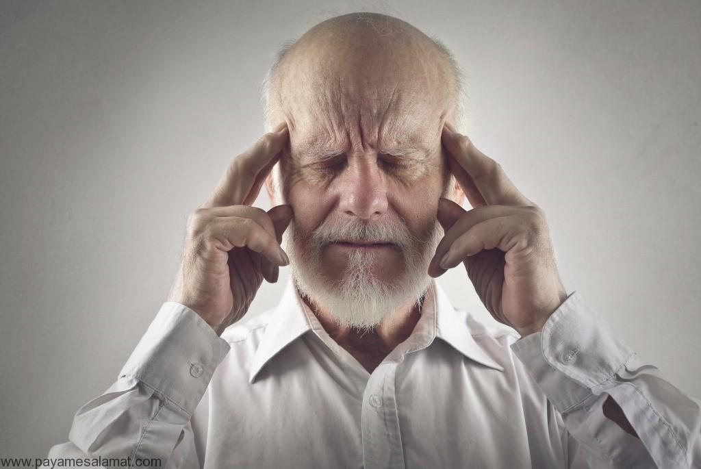 ۱۰ نمونه از علائم اولیه زوال عقل (علائم دمانس)
