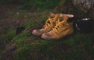 راهنمای انتخاب کفش مناسب کف پای تخت
