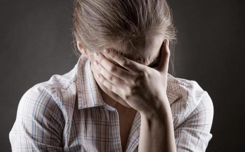 افسردگی روانی ؛ نشانه ها، علل، عوامل خطر، روش های تشخیص، عوارض و روش های درمان