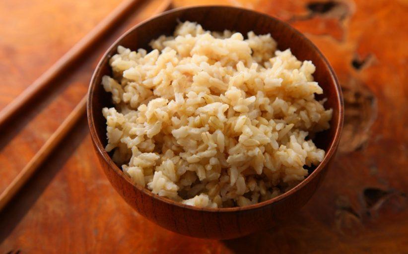 خواص برنج قهوه ای برای کاهش خطر ابتلا به دیابت و بیماری های قلبی و ارزش غذایی این ماده