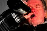 آیا اعتیاد الکل با قرص نالترکسون درمان می شود؟