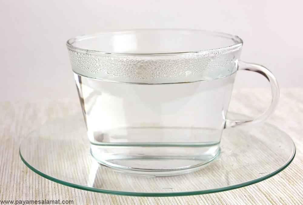 فواید نوشیدن آب گرم برای بدن