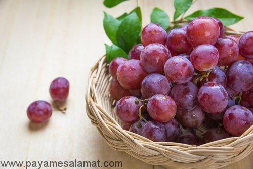 مزایای مصرف انگور قرمز بدون هسته