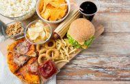 مواد غذایی التهاب آور که باید برای جلوگیری از التهاب آن ها را از رژیم غذایی خود حذف کنید