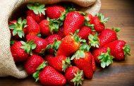 چقدر قند در توت فرنگی وجود دارد؟