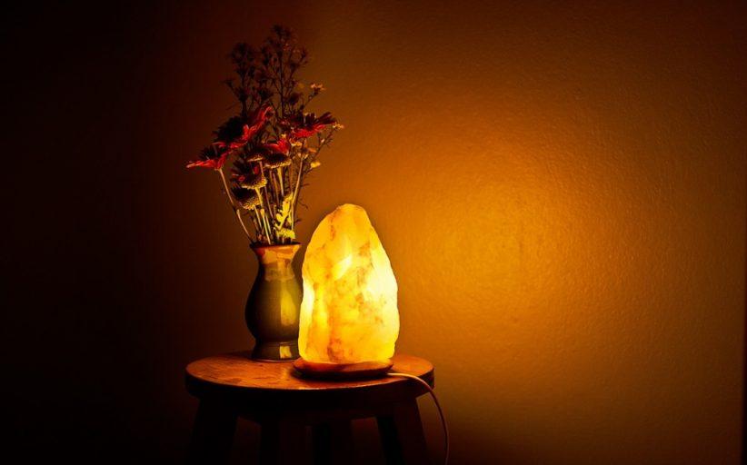 مزایای لامپ نمک هیمالیا برای بدن