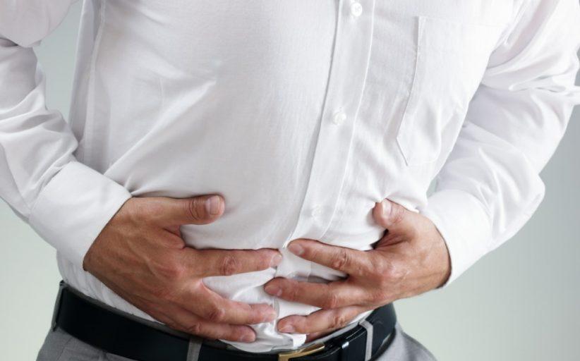 درد معده و تهوع ؛ علل، علائم، درمان و زمانی که باید به پزشک مراجعه کنید