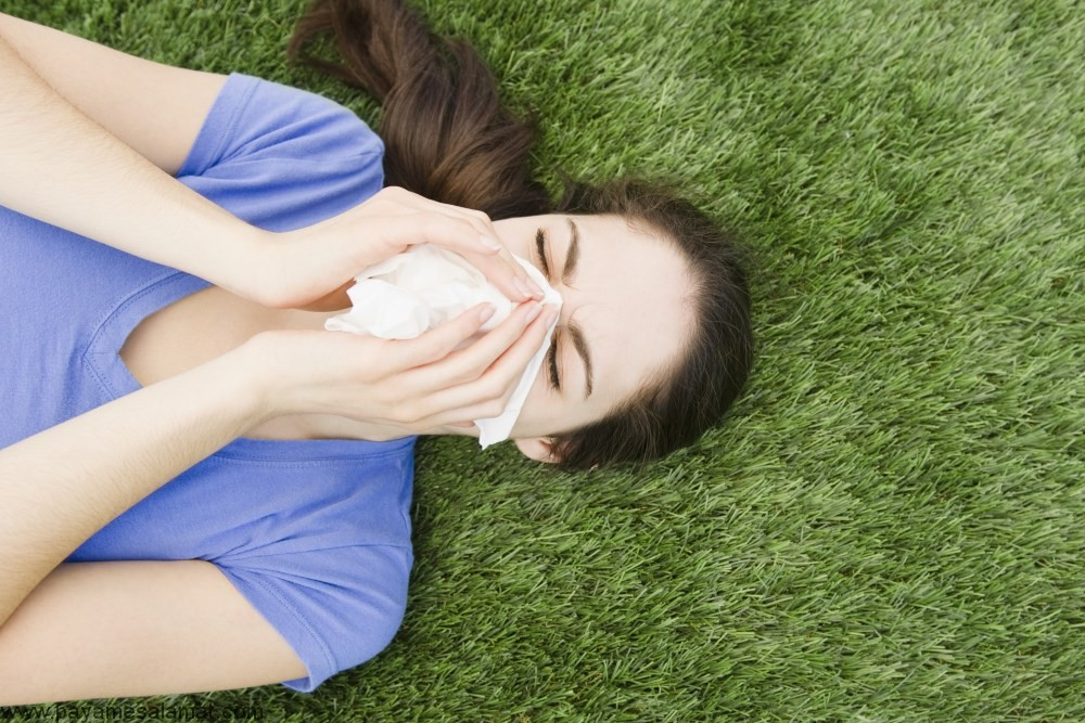 آلرژی به علف ؛ نشانه ها، علل، روش های پیشگیری و درمان