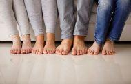 علت پوسته پوسته شدن بین انگشتان پا چیست و چگونه درمان می شود؟