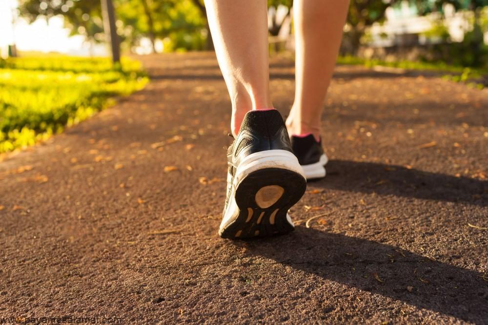 مزایای پیاده روی برای بدن؛ چرا پیاده روی یکی از بهترین ورزش ها است؟