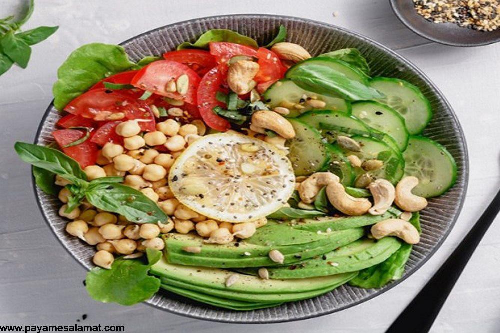۵ غذایی که ممکن است باعث آکنه شوند و ۵ ماده غذایی موثر بر کاهش آن