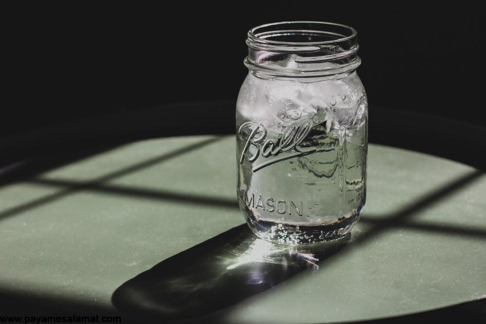 چگونه نوشیدن آب بیشتر می تواند به شما در کاهش وزن کمک کند؟